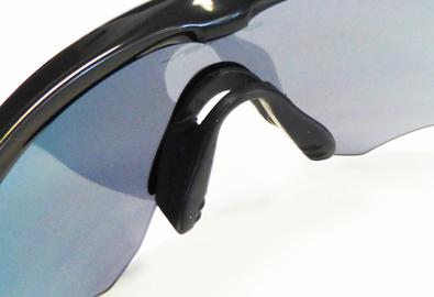 OAKLEY(オークリー)1眼式新作スポーツアイウェアM2 FRAME(エムツーフレーム)発売開始!_c0003493_10535172.jpg