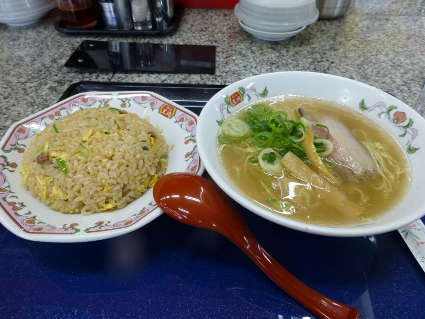 餃子の王将   国道高槻店_c0118393_8592956.jpg
