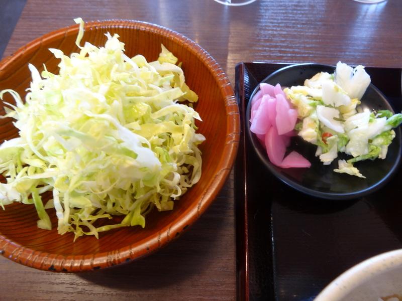 富里は七栄の交差点近くにある鶏唐揚げ専門店、390円から楽しめます。_c0225997_236581.jpg