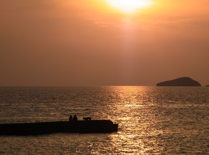 """イビサ島の絶景ビーチ、カラ・コンテ\""""Cala Comte\""""_d0116009_1104254.jpg"""