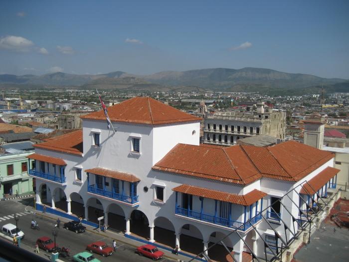 blog;サンティアゴ・デ・クーバ便り2014(3月の日記に少し写真を掲載しました。)_a0103940_21070243.jpg
