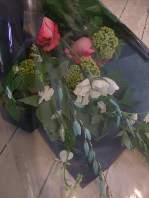 オークリーフ花の教室(落合さんの作品)_f0049672_17574070.jpg