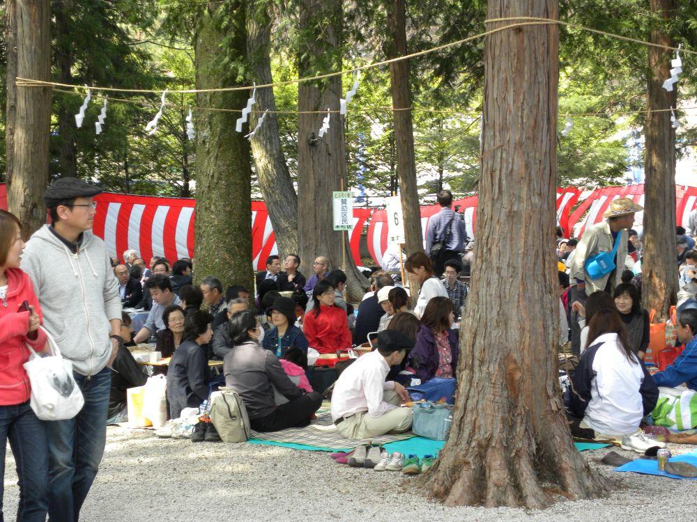 御座石(ございし)神社のどぶろく祭り_b0329588_11462977.jpg