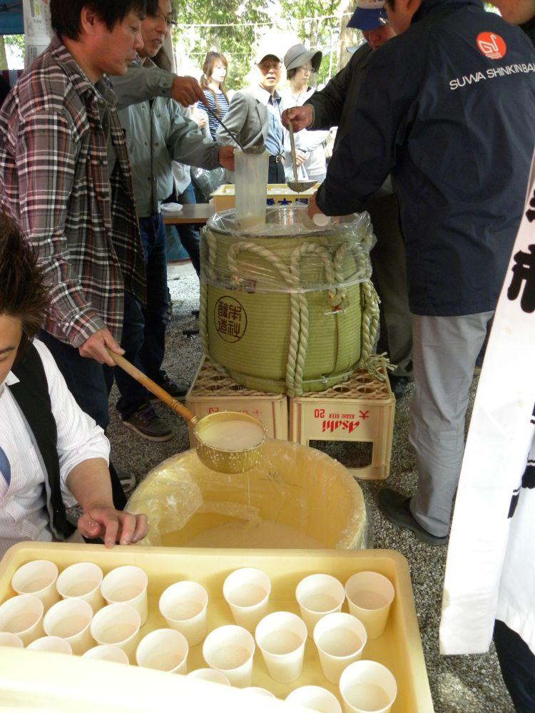 御座石(ございし)神社のどぶろく祭り_b0329588_11463970.jpg