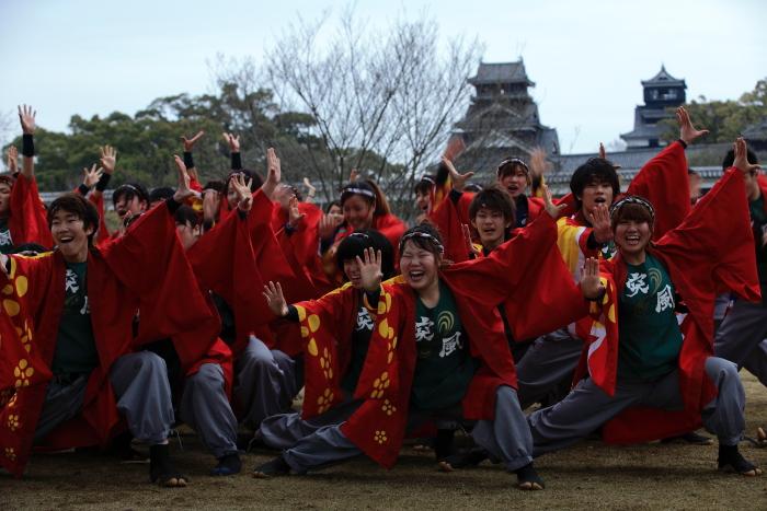 長崎大学「突風」 本番前の練習-2_e0135098_6424056.jpg