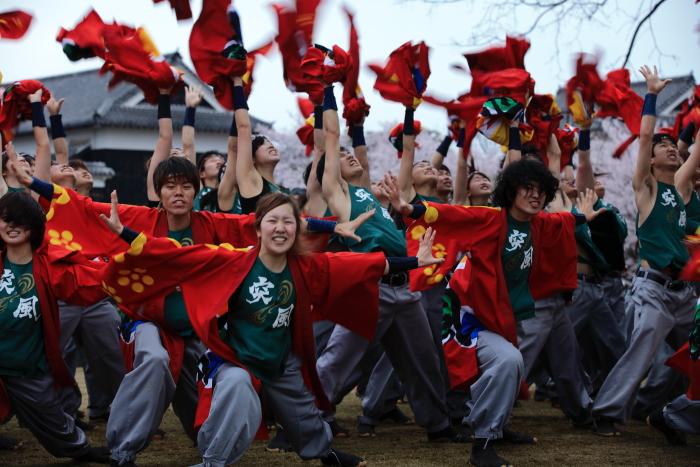 長崎大学「突風」 本番前の練習-2_e0135098_642835.jpg