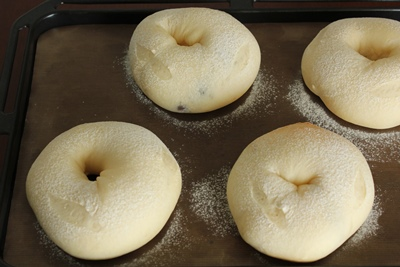 パステルなミックスかのこ入り、豆乳ふんわりパン!_a0165538_1027365.jpg