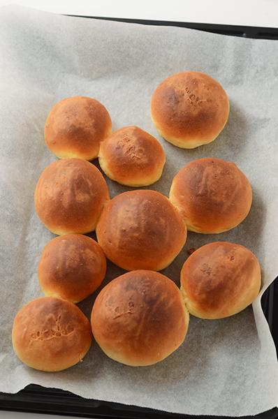 薄力粉と強力粉のパン_a0003650_22215339.jpg