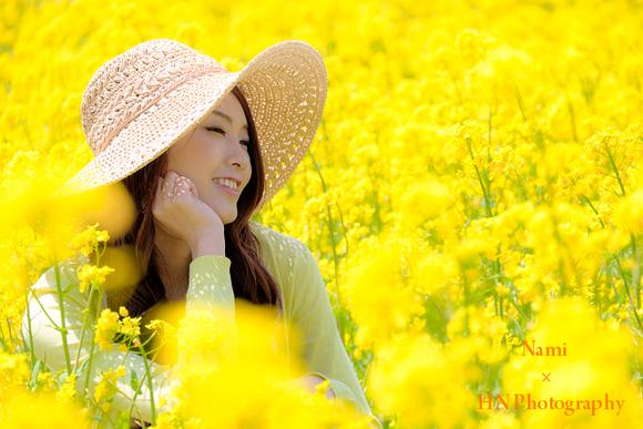 菜の花畑でロケーション撮影_a0191069_148212.jpg