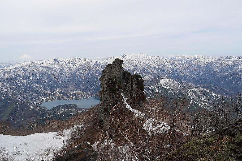 恵庭岳、4月30日-その1-_f0138096_22541646.jpg