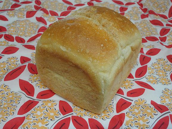 もっちもちなイギリス食パン@えだおね_e0230011_17403427.jpg
