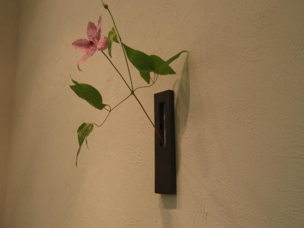 お花を入れました_b0132442_18302768.jpg