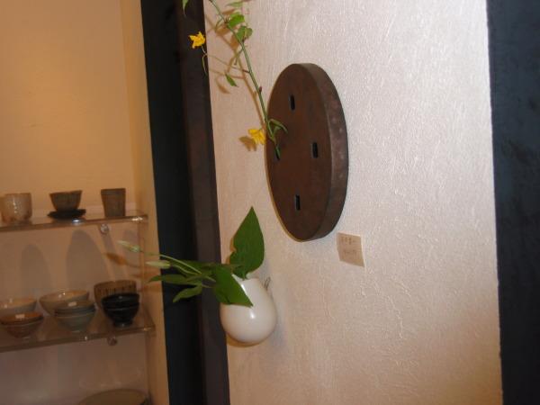 お花を入れました_b0132442_18310276.jpg