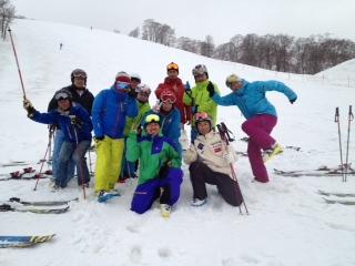 まだまだ春スキー!_c0087410_11225142.jpg