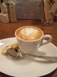 blog;玄米和ッフルの美味しいオーガニック・カフェ_a0103940_18373363.jpg