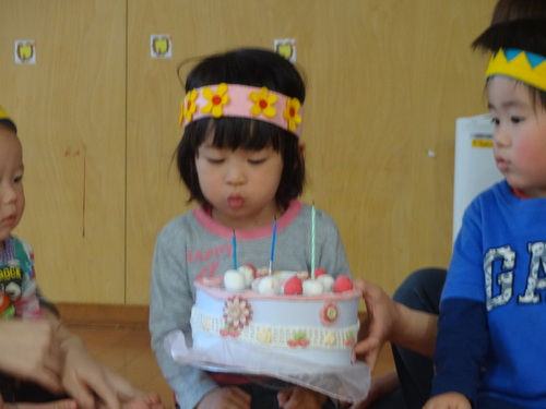 4月生まれのお誕生日会_c0151262_16581371.jpg