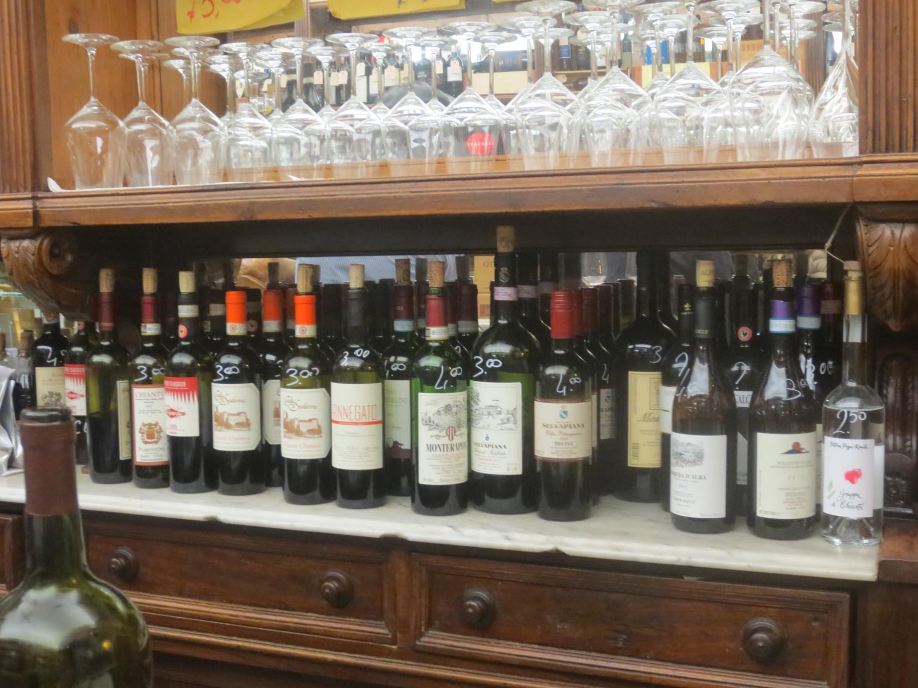 サンロレンツォで美味しいワインとパニーノはここで!!_c0179785_5575163.jpg
