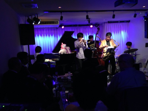 5月3日 広島 Jazzlive comin 本日のライブ!_b0115606_10232880.jpg