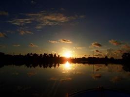 日の出とともに出航_a0043520_20331925.jpg