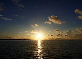日の出とともに出航_a0043520_20333094.jpg
