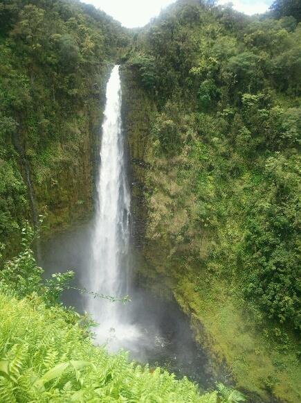 アカカの滝_d0256587_22491964.jpg