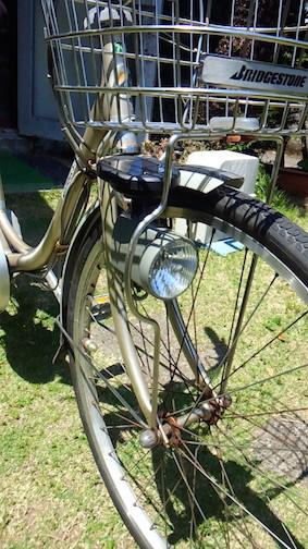 「究極のエコ自転車ライトの完成」:電動アシスト自転車ライトをソーラーライトに改善!_e0171614_1551748.jpg