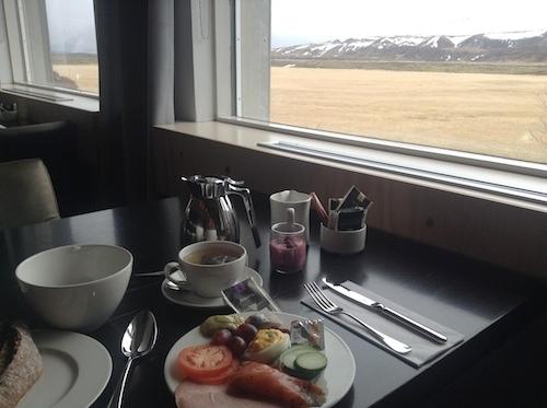 とびきりロマンチック!食も露天風呂もオーロラも満載のアイスランドのブティック・ホテル_c0003620_22431713.jpg