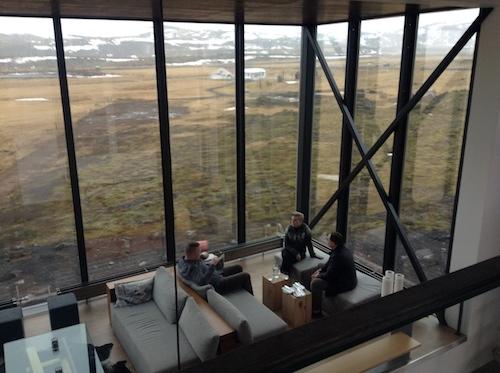 とびきりロマンチック!食も露天風呂もオーロラも満載のアイスランドのブティック・ホテル_c0003620_22431781.jpg