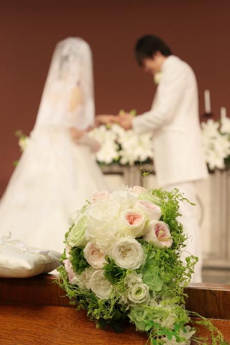 手作りのブーケと、教会の装花 東京女子大学とクレッセント様へ_a0042928_2230398.jpg