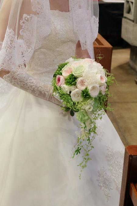 手作りのブーケと、教会の装花 東京女子大学とクレッセント様へ_a0042928_22395213.jpg
