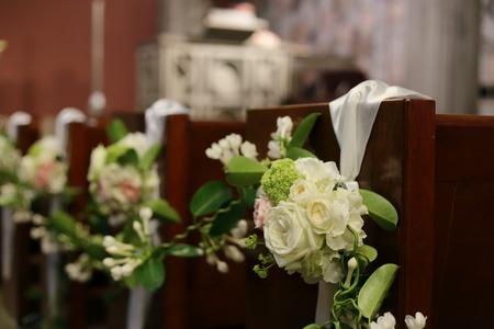 手作りのブーケと、教会の装花 東京女子大学とクレッセント様へ_a0042928_22413937.jpg