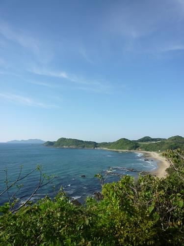 海と岩のひもろぎ_c0222861_0493650.jpg