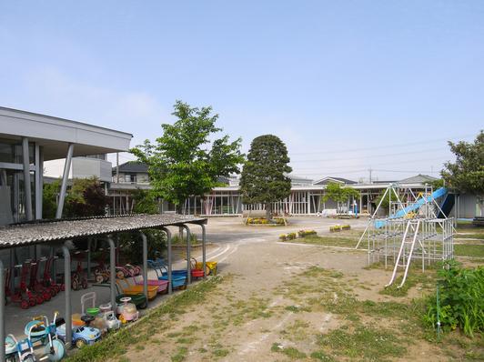竣工後11年経過した幼稚園_d0021969_18245448.jpg
