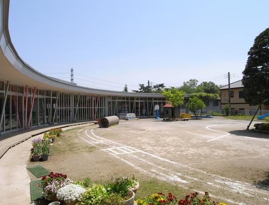 竣工後11年経過した幼稚園_d0021969_19501848.jpg