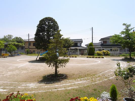 竣工後11年経過した幼稚園_d0021969_196208.jpg