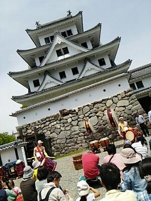 芝桜とお城_a0272042_0414981.jpg