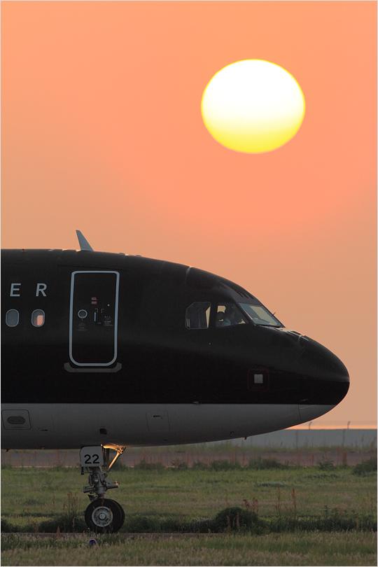 朝陽 - 北九州空港_c0308259_0535572.jpg