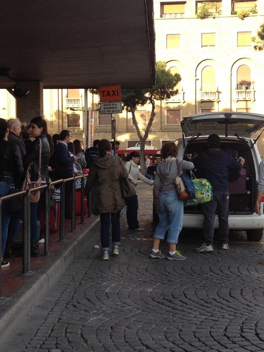 04/05/2014  フィレンツェ駅前発、タクシーの明朗会計_a0136671_3373057.jpg