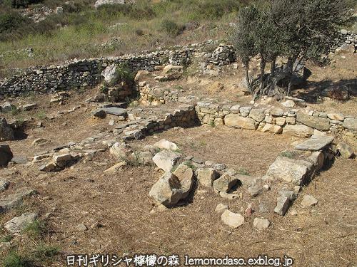 ティノスのデメテールとコレーの神殿 エクソンヴルゴ_c0010496_19194197.jpg