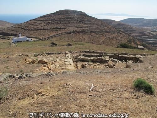 ティノスのデメテールとコレーの神殿 エクソンヴルゴ_c0010496_19195908.jpg