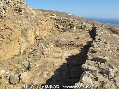 ティノスのデメテールとコレーの神殿 エクソンヴルゴ_c0010496_19272810.jpg