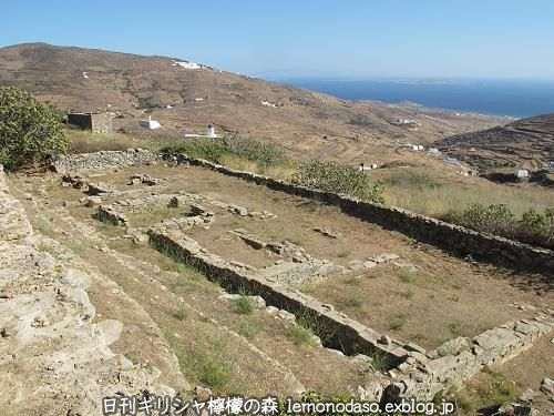 ティノスのデメテールとコレーの神殿 エクソンヴルゴ_c0010496_19280748.jpg