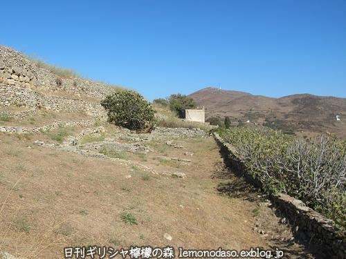 ティノスのデメテールとコレーの神殿 エクソンヴルゴ_c0010496_19291793.jpg