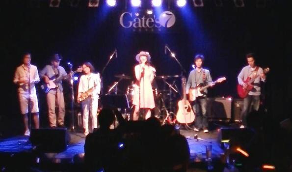 2014年5月4日、カラフルどんたくライブ@Gate\'7、第1部のライブレポ♪_e0188087_1453760.jpg