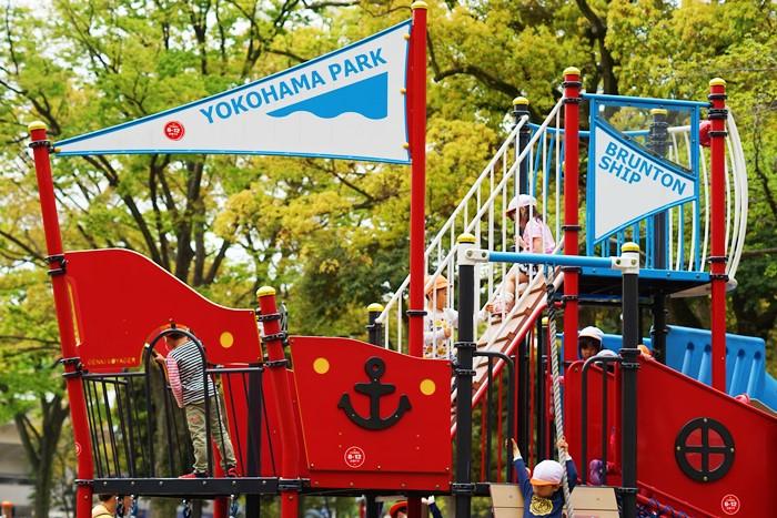 横浜公園 チューリップ 2014 噴水の周りのチューリップ_b0145398_19572059.jpg