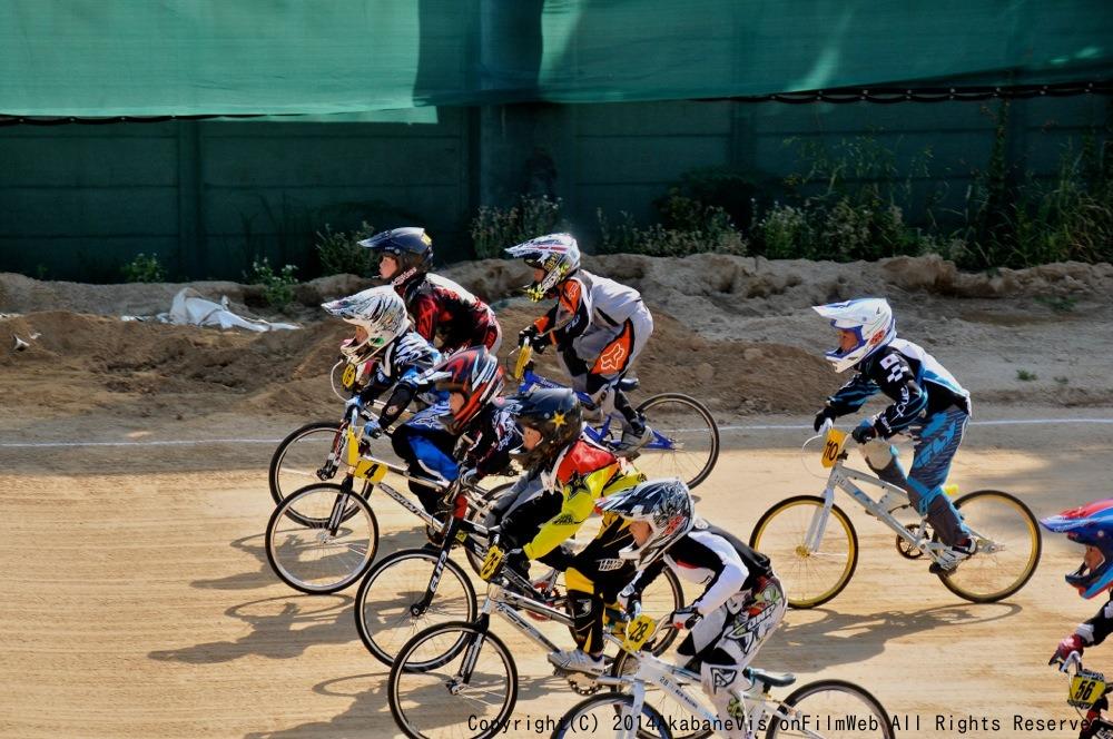 2014Jシリーズ /西日本シリーズ 第1戦 inサイクルピア岸和田 VOL7:B9〜10,11〜12歳決勝_b0065730_1948784.jpg
