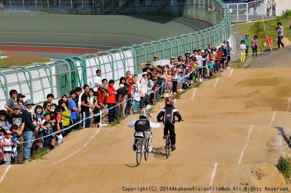 2014Jシリーズ /西日本シリーズ 第1戦 inサイクルピア岸和田 VOL7:B9〜10,11〜12歳決勝_b0065730_19531767.jpg
