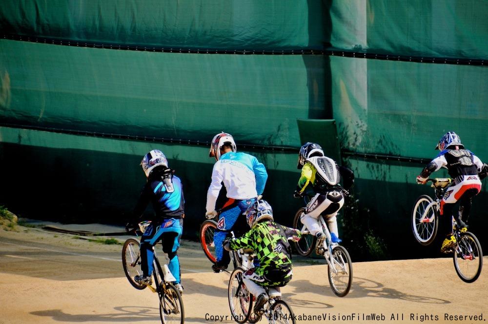 2014Jシリーズ /西日本シリーズ 第1戦 inサイクルピア岸和田 VOL7:B9〜10,11〜12歳決勝_b0065730_201267.jpg