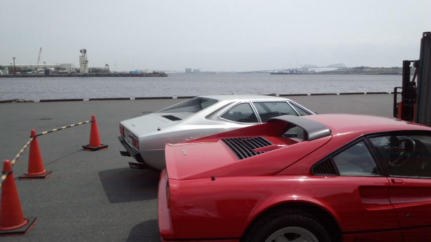 イタリアからの2台のフェラーリ_a0129711_15414623.jpg