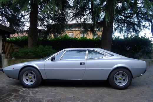 イタリアからの2台のフェラーリ_a0129711_15423681.jpg